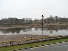 3 Bedroom Town House in Lancaster with riverside views & parking