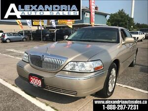 2009 Lincoln Town Car Signature Limited LIKE NEW 1owner