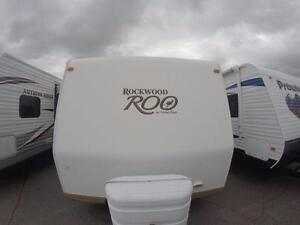 2012 Rockwood Roo 23RS- BUNK BEDS + BENCH DINETTE+ PULLOUT COUCH