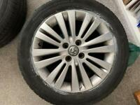 2x Vauxhall Corsa 16 inch alloy wheels with continental tyres