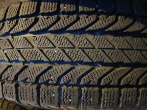 4 PNEUS HIVER BF GOODRICH 225 65 17    4 WINTER TIRES