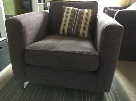 DFS Bauhaus Armchair in Lilac