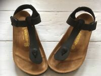 Brand new never been used Gizeh leather sandals 7.5 UK/41 EU size.