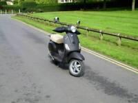 Vespa 50cc 2T Piaggio! black matt + helmet + cover long MOT