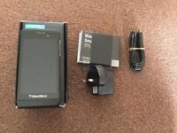 Blackberry z10 pure white 16gb