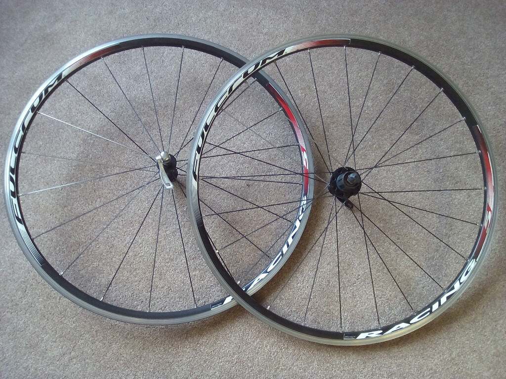 Fulcrum racing 5 wheelsetin Gloucester Road, BristolGumtree - 2012 version 20 spokes front, 24 spokes 2 1 lacing rear. Straight pull aero spokes. 1740gr pair. Comes with QR. £225 new. 9/10 speed SRAM/Shimano freehub Front wheel has low/moderate wear on rims, runs very true and recently serviced bearings....