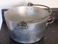 Preserving Pan for making Jams, chutneys etc