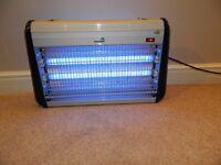 Vermatik 30 Watt Low Voltage Electric Indoor Professional insect,bug fly killer