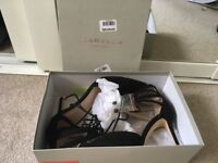 Carvella black lace up shoes size 6 - unworn
