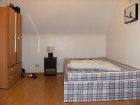 Double room available in Dalston from 4 July
