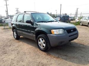 2001 Ford Escape XLS 3.0L V6 4WD!! Power Windows & Locks!!
