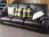leather sofa 3 seater like new