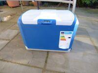 40 Litre Mains 12V & 24V Electric Coolbox