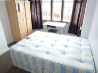 SINGLE ROOM WITH DOUBLE BED TO RENT IN PERIVALE (CENTRAL LINE)