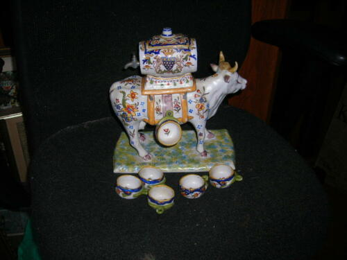 FUN VINTAGE/ANTIQUE QUIMPER STYLE MONT.ST. MICHEL FRENCH CERAMIC COW 11X11X5