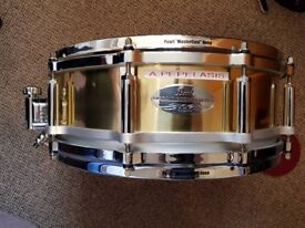 Pearl Brass free floating Snare Drum 14×5