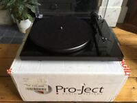 RECORD PLAYER - PROJECT DEBUT SE3