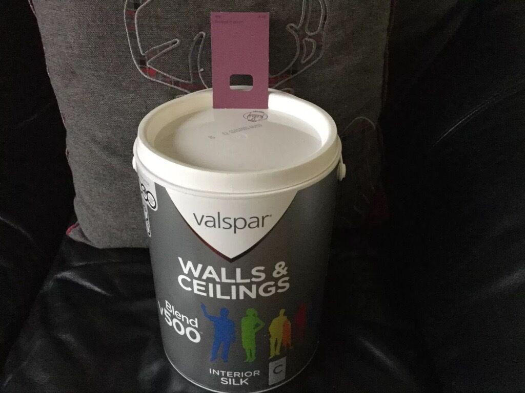 Radiator Paint B Q Cream