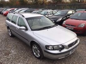 Volvo V70 2.4 D5 SE Estate 5dr Diesel Automatic. HPI CLEAR. FULL SERVICE HISTORY. CRUISE CONTROL