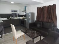 Cathay`s Terrace, Cathay`4 Bedroom First Floor Student Flat Newly Refurbished ** £350 RENT ** PPPM