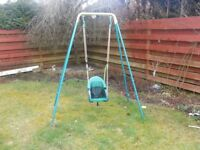 QUADPOD GARDEN SWING