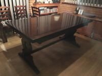 Solid Oak extendable table & chairs