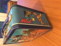 Vintage 1984 metal He Man Masters of the Universe lunch box