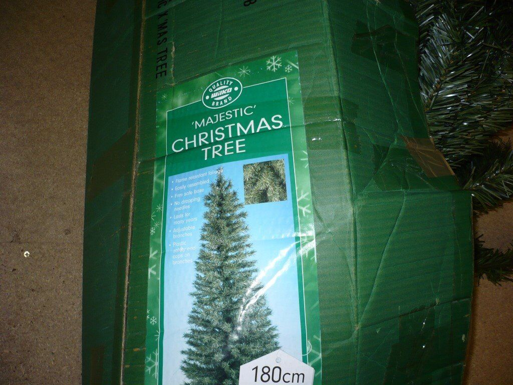 6ft 'Majestic' Christmas Tree in Box with Stand