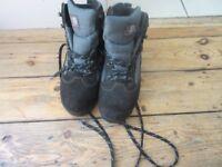 Size 8 Men's Black/Grey Karrimor Walking Boots