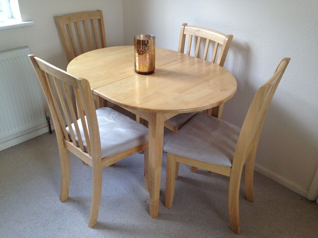 Homebase Banbury Extending Dining Table and 4 chairs in  : 86 from www.gumtree.com size 1024 x 768 jpeg 99kB