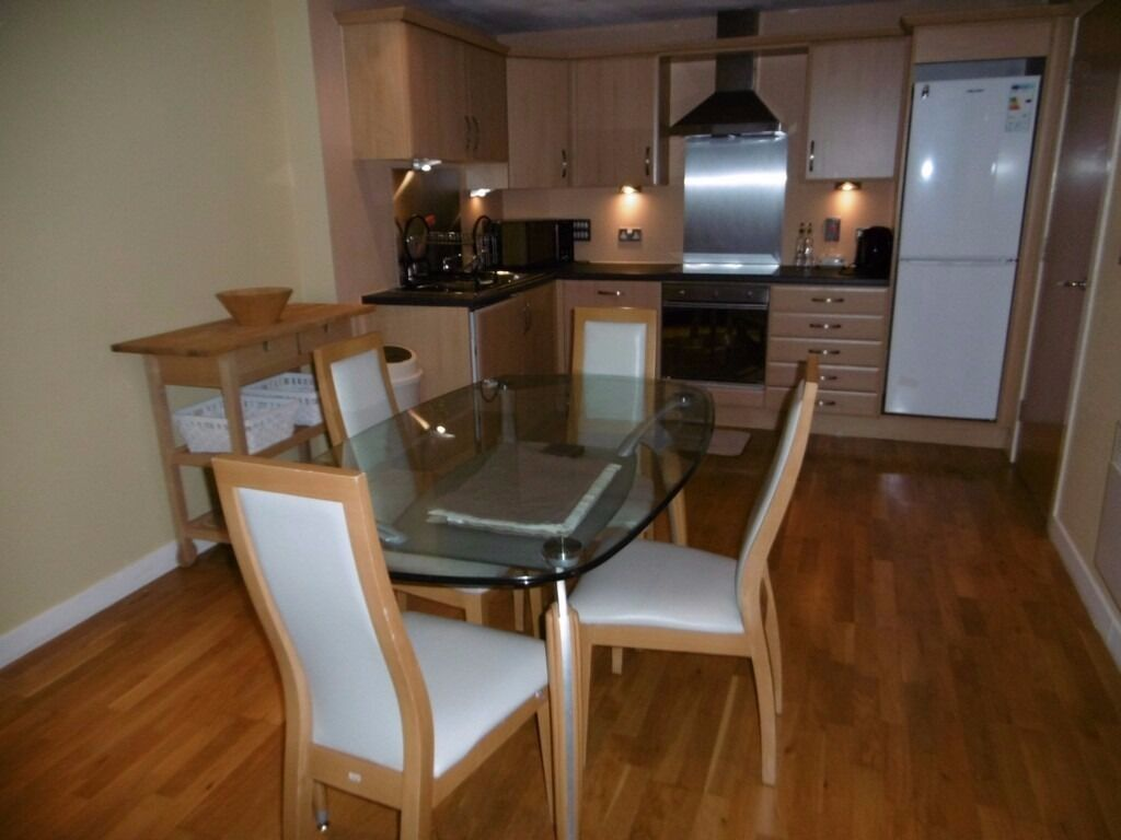 Two Bedroom Furnished Apartment Within the River Heights Development on Lancefield Quay (ACT 436)