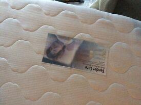King size mattress and double sized mattress