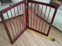 2 Panel Folding Pet Gate - stands on its own - 90.5cm high each panel 66 cm wide