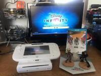 Nintendo wii u console & game