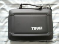 Thule Rhino hard Laptop bag