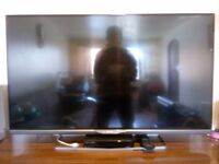 """42 """"Philips 42PFH6309 Television Full HD, LED, 3D, Smart, Ambilight 2, Miracast - Damaged screen"""