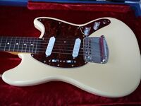 Fender Squier Mustang Vintage Modified electric guitar + changed spare bridge