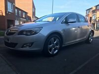 New Shape 2010 VAUXHALL ASTRA 1.6 VVT SRi. 1 Owner, LONG MOT (March '18) & Full Service History.