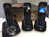 Panasonic KXTG8324 Trio with Answer Machine