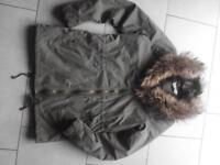 H&M Damen Jacke mit Webpelzkragen Khaki Größe 34 Nordrhein-Westfalen - Recklinghausen Vorschau