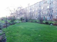 2 bedroom fully furnished first floor flat to rent on Savile Place, Newington, Edinburgh