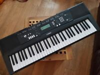 digital keyboard Yamaha EZ-220, used once, as new, in box