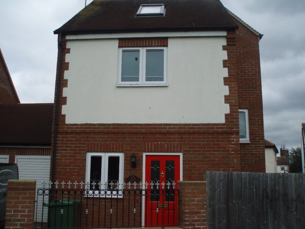 SinSingle Room In very clean house in Headington, close to both Headington and also Cowley