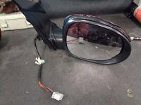 2008 --- Honda Civic Driver Side Door Mirror, Indicator and Glass Broken