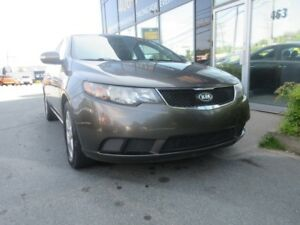 2010 Kia Forte SPORTY 5-SPEED W/ ONLY 150K