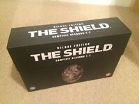 The Shield - The Complete Seasons 1-7 Deluxe Edition DVD Boxset - UK Region 2