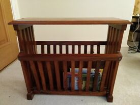 Solid wood paper rack