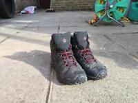 Merrell Mens Walking Boots Size 7 Gore-Tex Waterproof