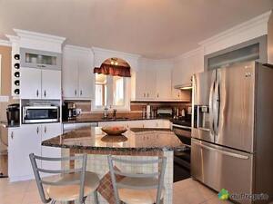 294 500$ - Maison 2 étages à vendre à Chicoutimi Saguenay Saguenay-Lac-Saint-Jean image 3