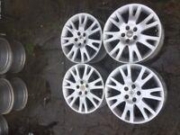 Renault 17 Inch Alloy Wheels